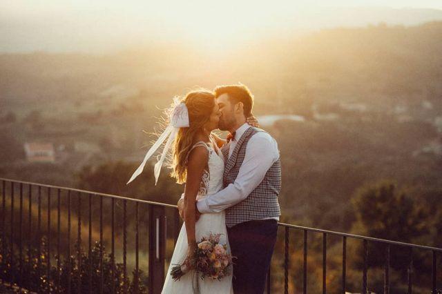 ☝☝Nuevo post en la bio☝☝ . . .  #bodas2020 #bodasconencanto #vestidodenovia #galiciacalidade #noviasdiferentes #truelove #bodasgalicia #noviasconestilo #invitadaperfecta #galicia #galifornia #vigo #ourense #noviasconestilo #vestidosdenovia #coruña #wedding #boda  #bodasoñada #spainwedding #couplegoals #weddingspain #lookslikefilm #loveislove #bodasengalicia 🏰 @casaldearman 👗@silvia_fernandez_atelier 👔@doregoandnovoa 🌼 @florromnora 💄💇♀ @mariabouso
