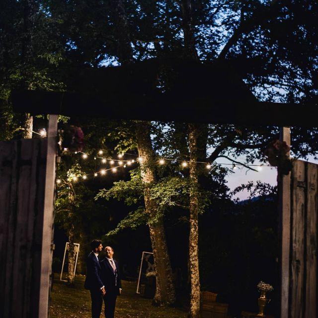 👆Nueva boda en mi web👆Link en la bio. . .  #bodas2020 #bodasconencanto #vestidodenovia #galiciacalidade #noviasdiferentes #truelove #bodasgalicia #noviasconestilo #invitadaperfecta #galicia #galifornia #vigo #ourense #noviasconestilo #samesexwedding #coruña #wedding #boda #bodagay #bodasoñada #pazoferreiroa #spainwedding#gayfriendly #couplegoals #weddingspain #lookslikefilm #loveislove #bodasengalicia